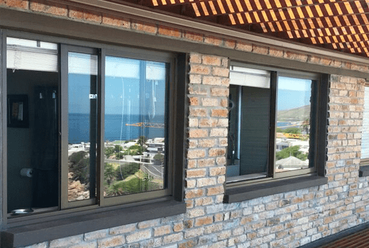 Products eurostyle aluminium for Aluminium glass windows and doors