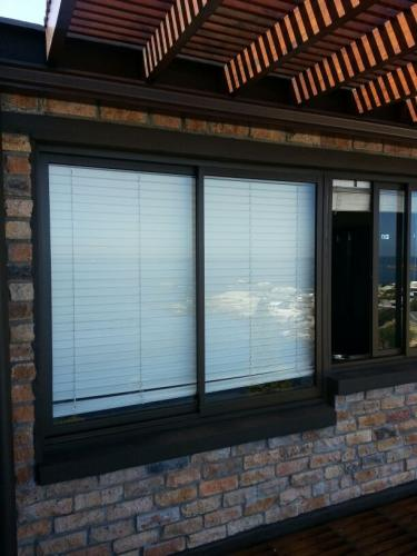 elite aluminium sliding window